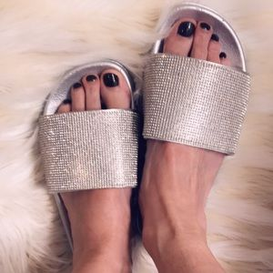 New silver rhinestone sandals size 7 (38)